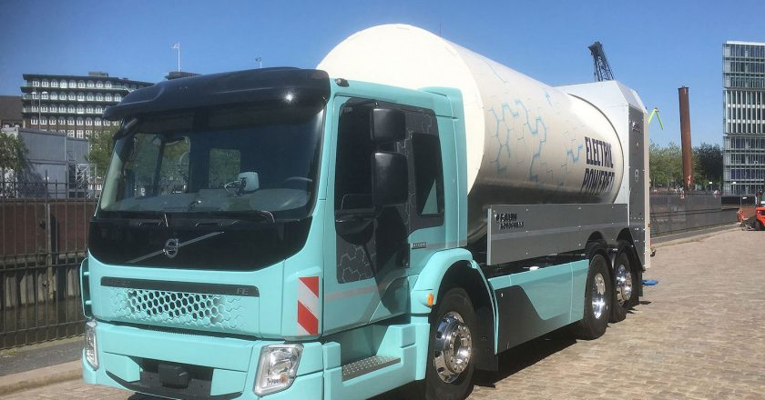 electric heavy duty trucks are appearing