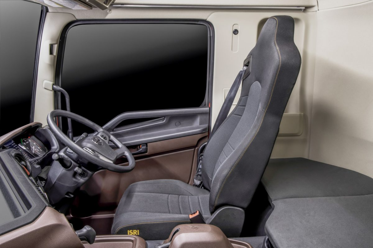 inside the next generation heavy duty Hino prime mover