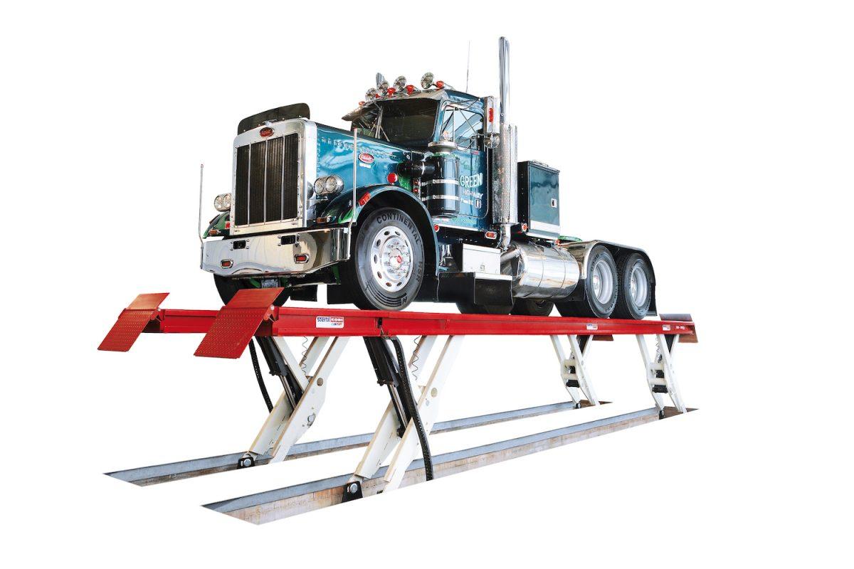 a fully hydraulic platform lift